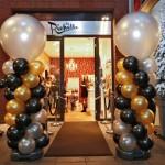 Goud-zilver-zwarte ballonpilaar opening ByRichelle Alkmaar